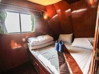 Manta Queen 2 double bed cabin