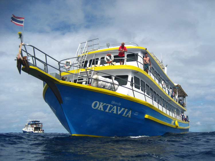 MV Oktavia cruising the Similan islands national park