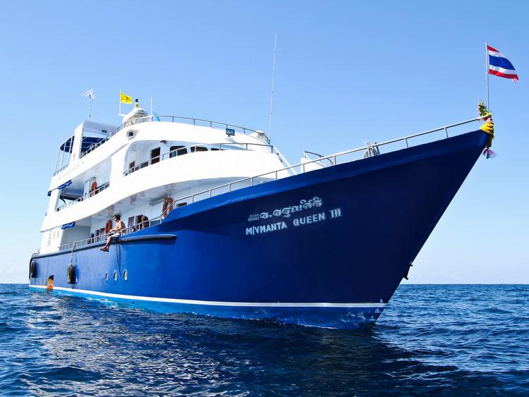 Manta Queen 3 at the Andaman sea Thailand