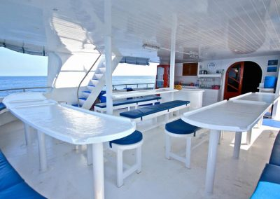 Plenty of space on Manta Queen 3 dining deck