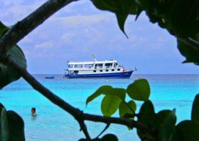 The Manta Queen 1 anchored at the Similan islands national park