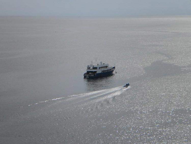 Manta Queen 3 at the Andaman sea