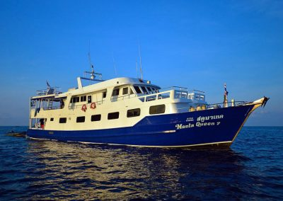 5 Days dive safari on the Similan islands liveaboard Manta Queen 7