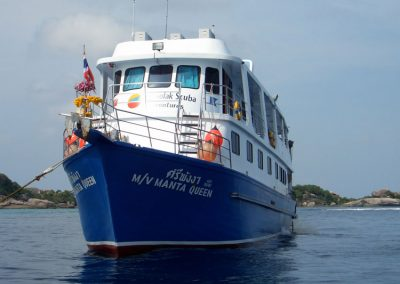 The Manta Queen 1 at the Similan islands national park