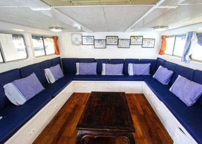 The saloon on the Similan islands liveaboard Manta Queen 7