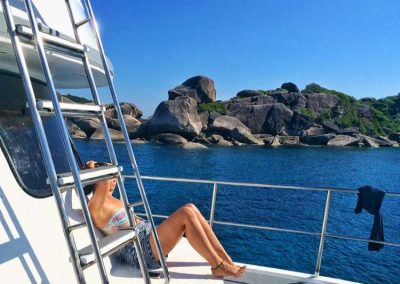 Relax between the dives on the Similan islands liveaboard MV Camic