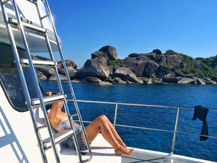 Cruising the Similan islands national park on the Camic