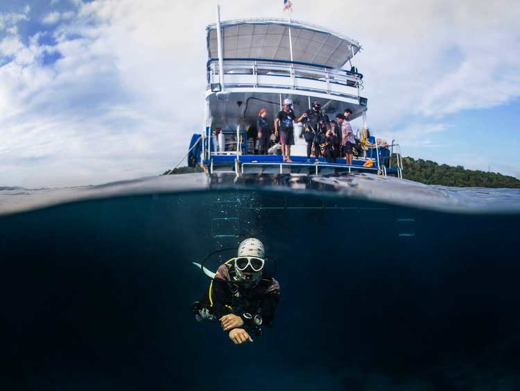 Diving at the Similan islands on the MV Camic