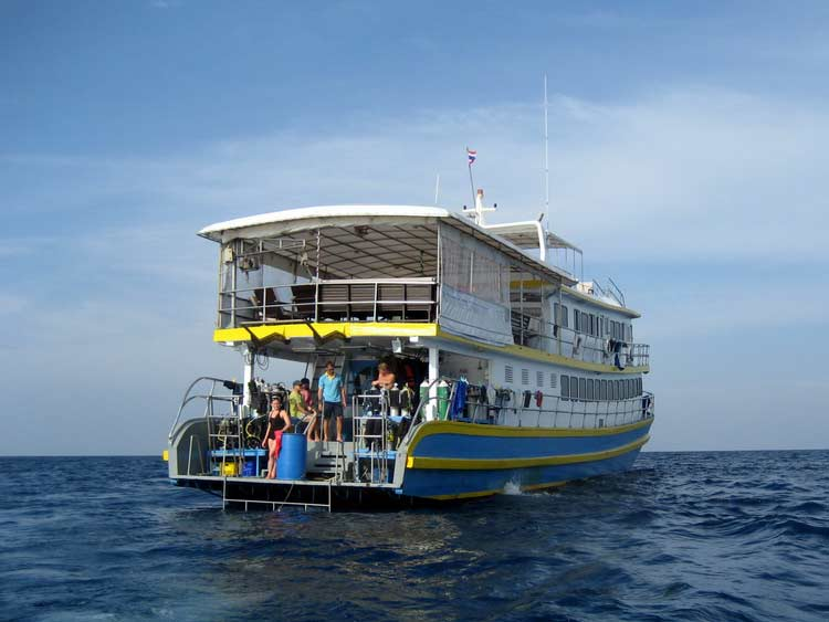 Similan islands liveaboard MV Oktavia