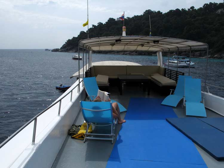 Similan islands liveaboard MV Oktavia sundeck