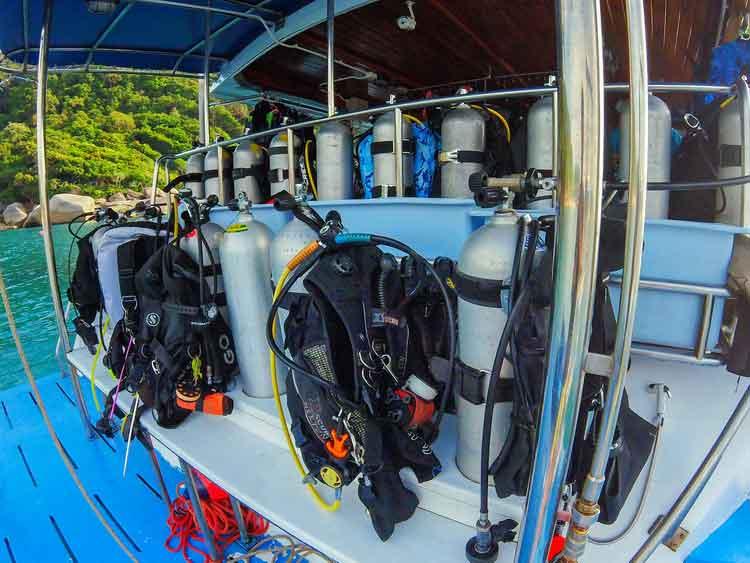 Dive deck Manta Queen 8