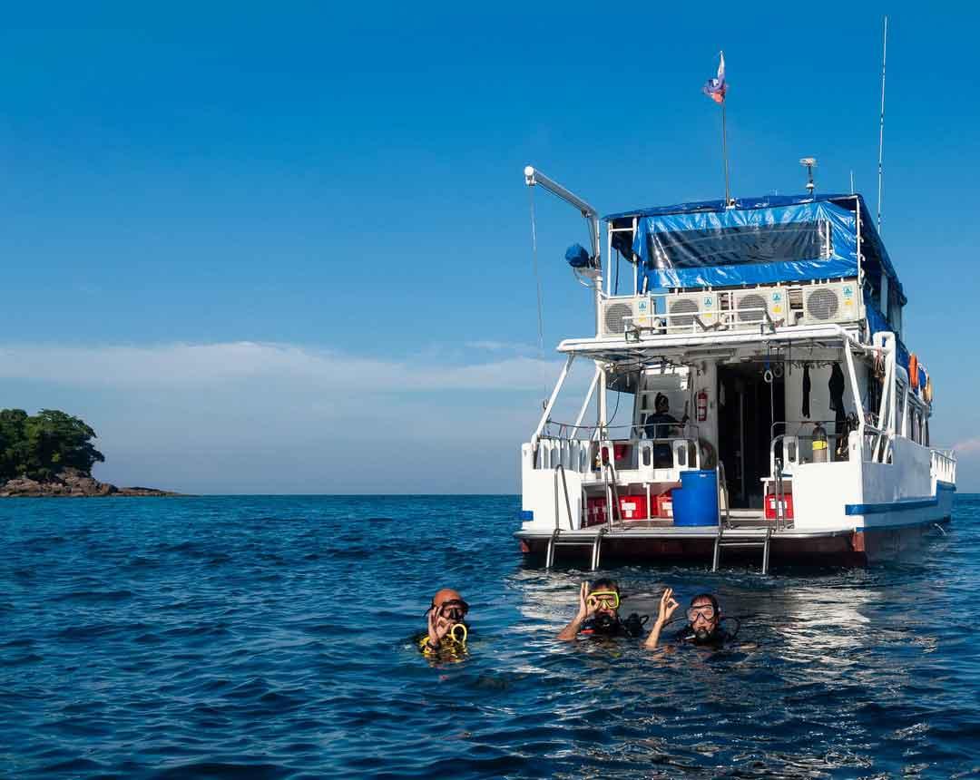 Diving at the Similan islands