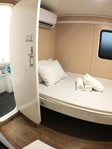 Manta Queen 1 double bed cabin ensuite