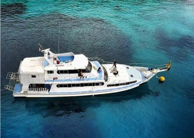 Similan islands liveaboard Manta Queen 6